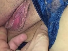 Fingering my wife'_s wet pussy after splashing