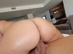 Shamrock Booty - Maddy Oreilly - TeenCurves